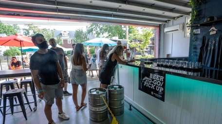 North Fork Brewing Co. in Riverhead offers everything
