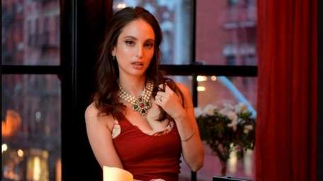 "Alexa Ray Joel releases her new single, ""Seven"