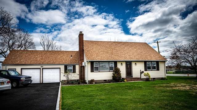 A home for sale on Bayview Avenue in
