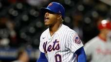 Marcus Stroman #0 of the Mets reacts after