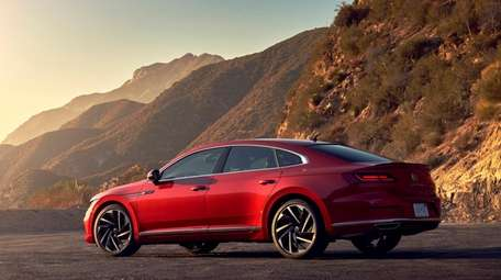 The 2021 Volkswagen Arteon delivers a sporty appearance