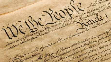 UNDERSTANDING THE U.S. CONSTITUTION A look at the