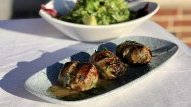 Chicken sheftalia (Cypriot sausage) with prasini (romaine) salad