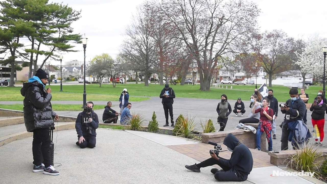Protesters gathered in Valley Stream on Saturday overthe