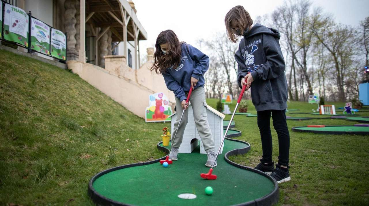 A pop-up miniature golf experience running weekends at