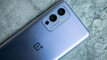 OnePlus 9 has many great features at a