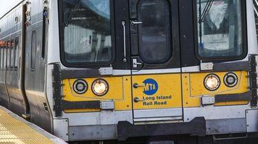 A train at an LIRR train station