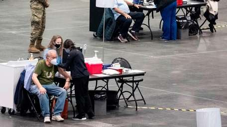 New Yorkers get vaccinated for COVID-19 in January