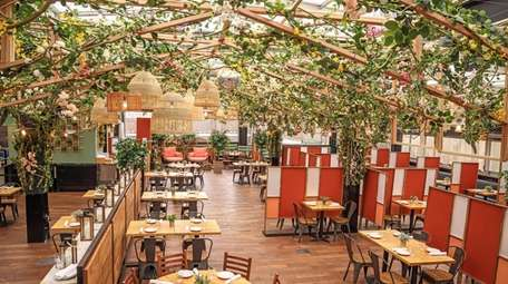 The rooftop dining space Serra by Birreria in