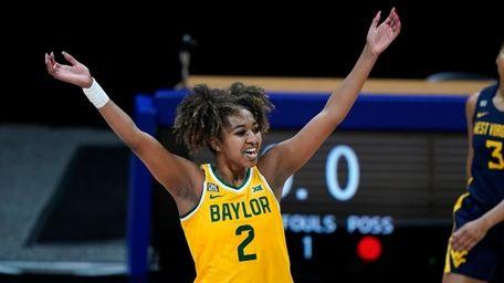 Baylor's DiDi Richards celebrates a basket during the