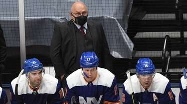 Islanders head coach Barry Trotz against the Washington