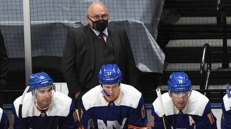 Islanders head coach Barry Trotz against the Washington