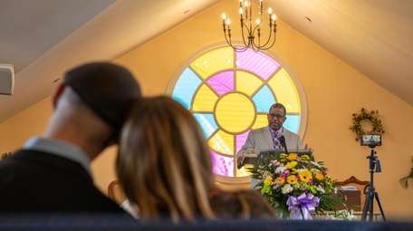 The Rev. Saba Mchunguzi preaches on Easter Sunday