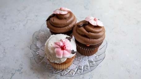 Cherry blossom-themed cupcakes at Blue Duck Bakery Cafe