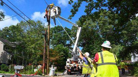 Crews work on restoring power to homes in
