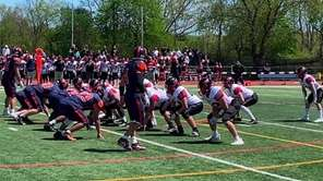 Manhasset defeated Plainedge, 28-19, to win the Nassau