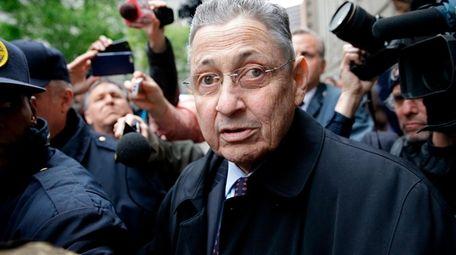 Former Assembly Speaker Sheldon Silver leaves federal court