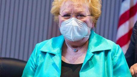 Jo-Ann Raia, Huntington's longest serving town clerk who
