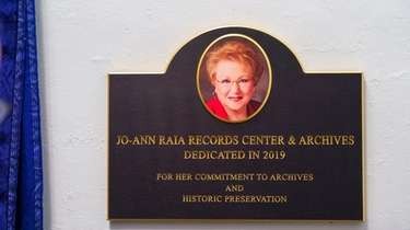 A plaque was installed over the Huntington records