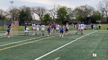 West Islip defeated West Babylon, 13-12, in overtime