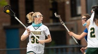 Jenna Hendrickson of Lynbrook looks to pass during
