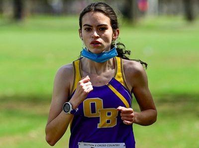 Greta Flanagan of Oyster Bay runs in the