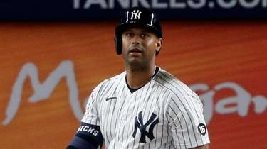 Aaron Hicks #31 of the Yankees strikes out