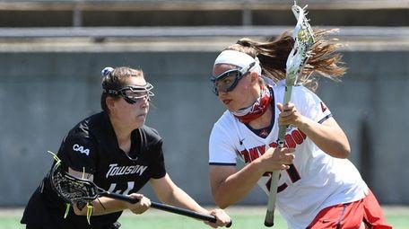 Stony Brook attacker Taryn Ohlmiller drives the ball