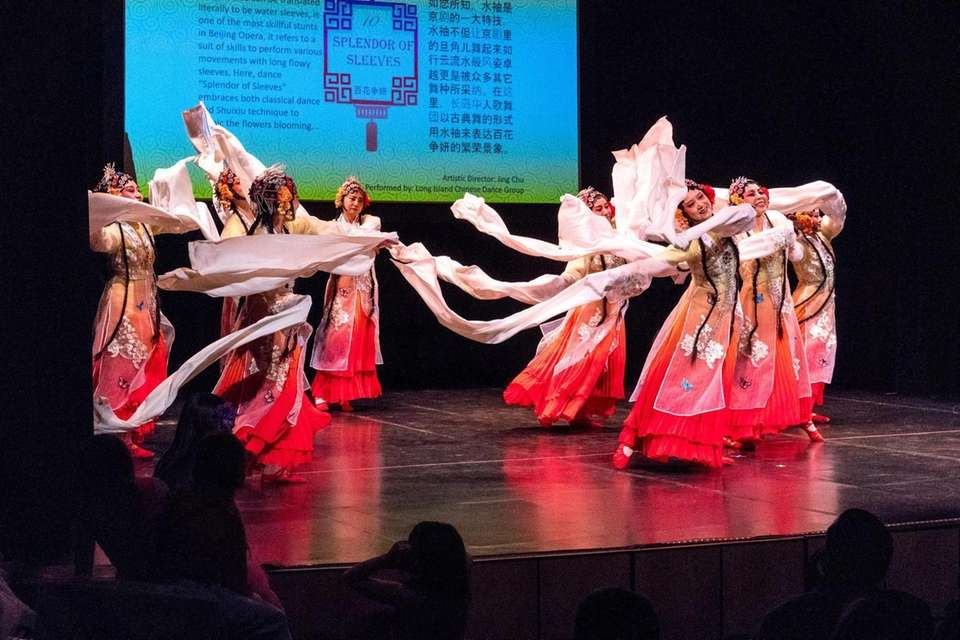 Dancers from the Long Island Chinese Dancing School