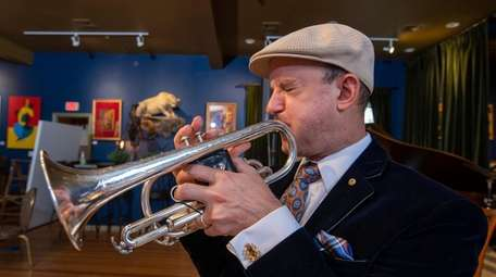 Artists Kevin McEvoy will sketch trumpet player Thomas