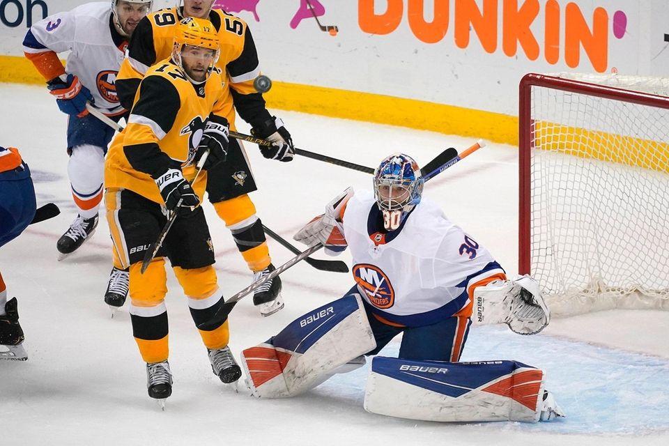 New York Islanders goaltender Ilya Sorokin (30) watches