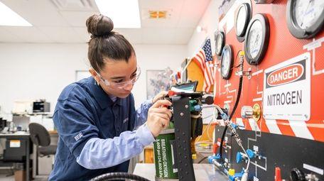 Oxygen Lab Technician Chloe Cabral of Ridge, 19,