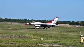 Members of the Air Force Thunderbirds talk about