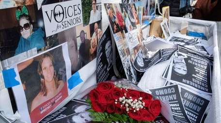 Families of COVID-19 victims who passed away in