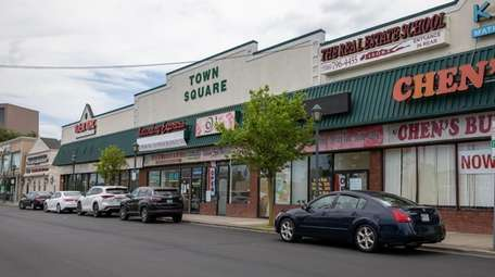 Businesses on Hempstead Turnpike in Levittown