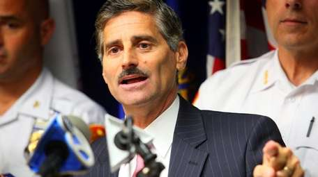 Then-Suffolk County Executive Steve Levy speaks at a