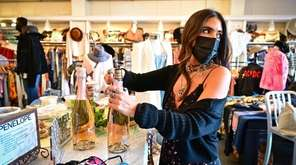 Some Long Island boutiques are shutting down to