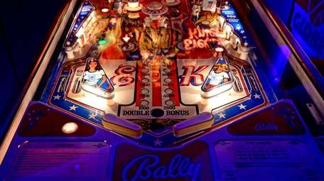 High Score Pinball Arcade is now open in
