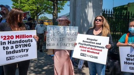 Demonstrators at Belmont Park on Saturday.