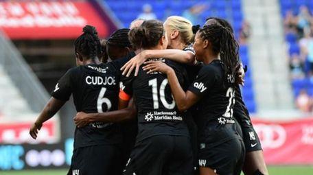 Gotham FC celebrates a goal by Ifeoma Onumonu