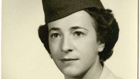 Helen Grace James served at the Roslyn Air