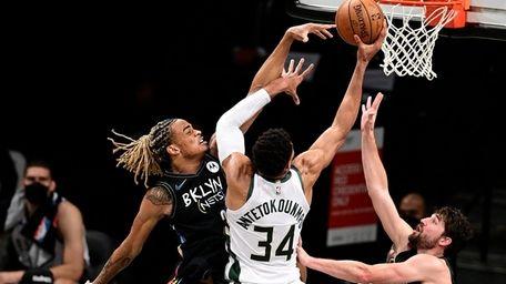 Giannis Antetokounmpo #34 of the Milwaukee Bucks is