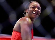 Claressa Shields celebrates her win over Brittney Elkin