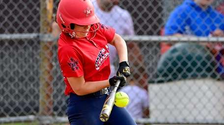Chiara Nappo #19 of MacArthur swings at a