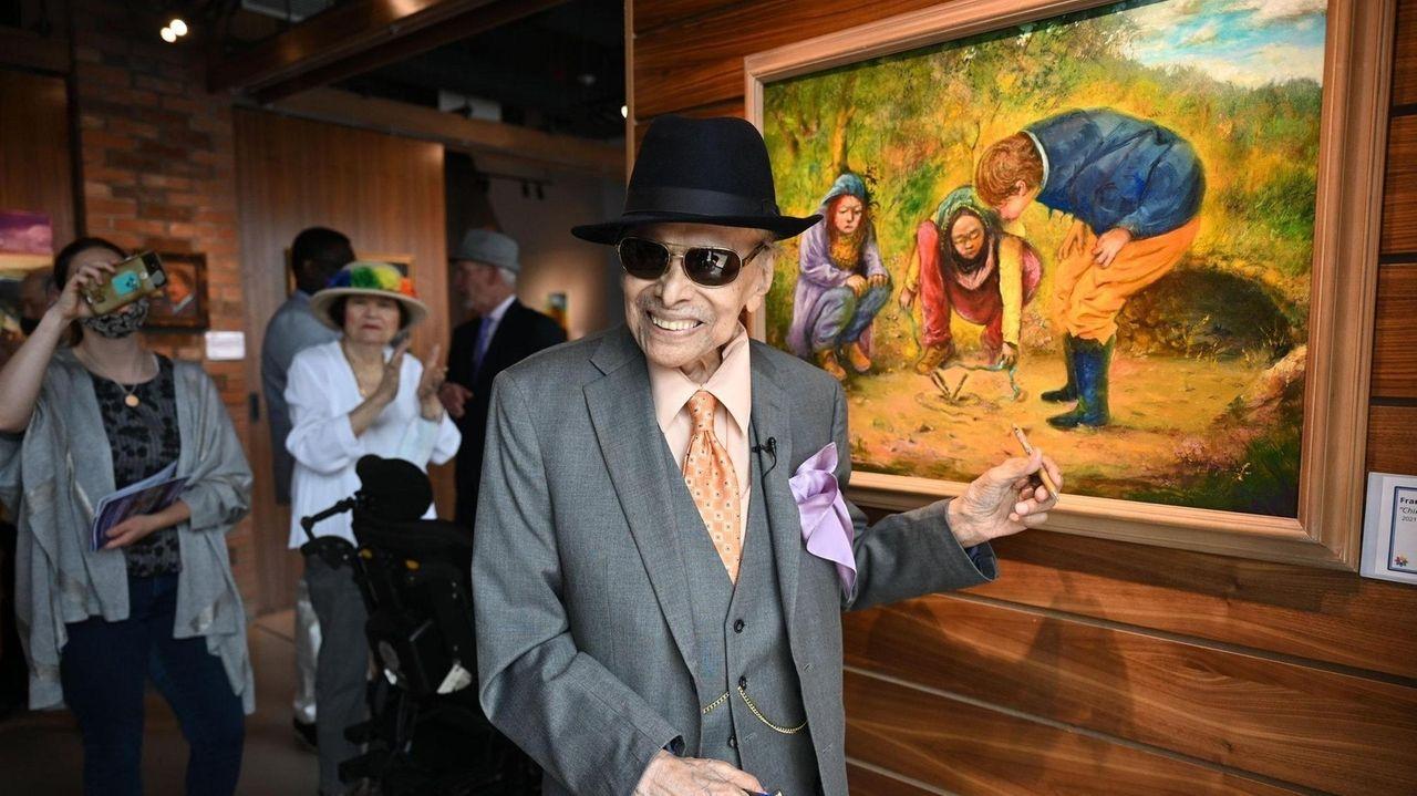 Westbury Arts exhibits the work ofFrancisco Poblet, 88,