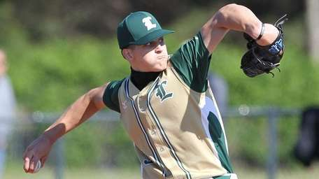 Longwood's Tommy Ventimiglia throws a pitch in the