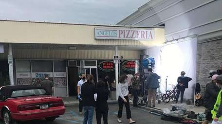 Amy Schumer shoots a scene from her Hulu