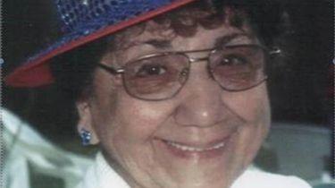 Diana Germain, 'true fixture' in St. James, dies