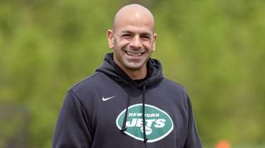 Jets coach Robert Saleh looks on during rookie