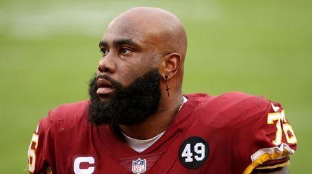 Offensive tackle Morgan Moses #76 of the Washington